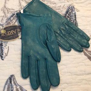Vintage Aris pine green leather gloves